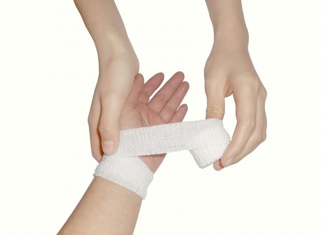 手首の痛みへの治療法は?