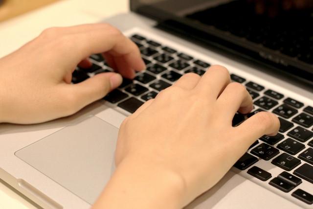 バネ指は原因を施術すれば改善します!