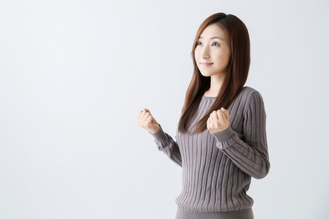 PMSは背骨の歪みと腹圧の改善で解消します